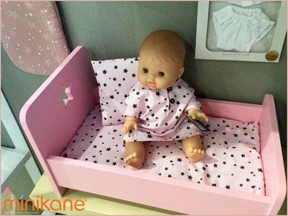 Lits et chaises longues pour poupées et poupons