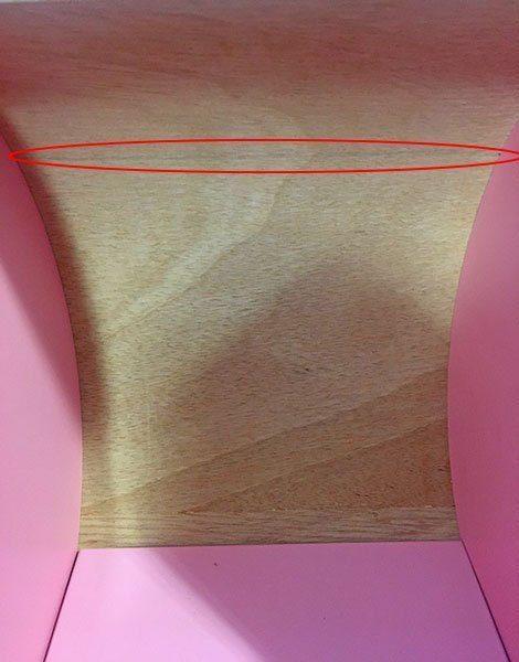 *Landau en bois rose étoilé avec trait gris
