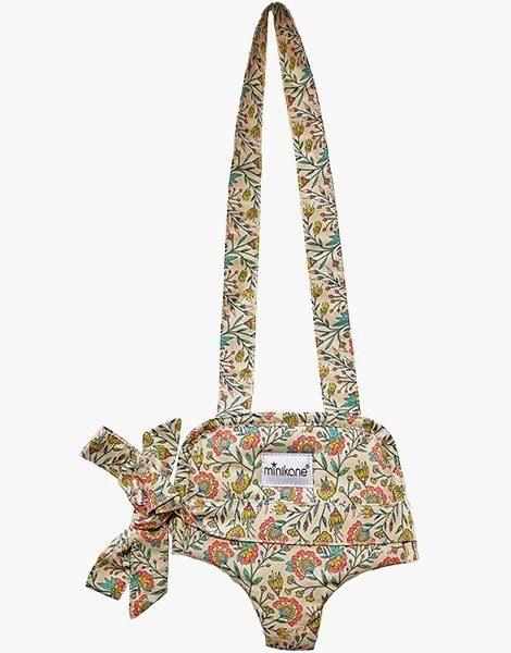 Porte poupée Fleurs en liane