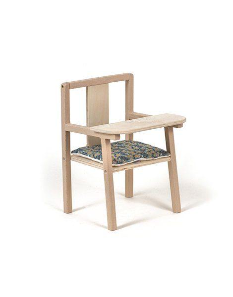 """Petite chaise haute en bois """"Blaise"""" et son coussin de chaise en coton Cassandra"""