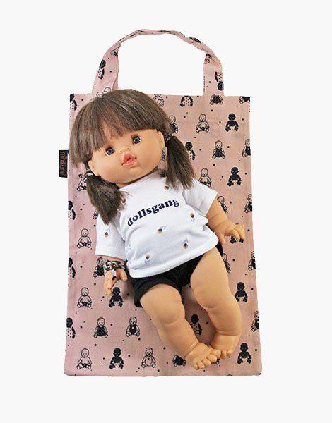 Recevez votre poupée dans son tote bag