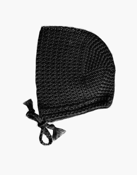 Béguin rond en crochet Noir