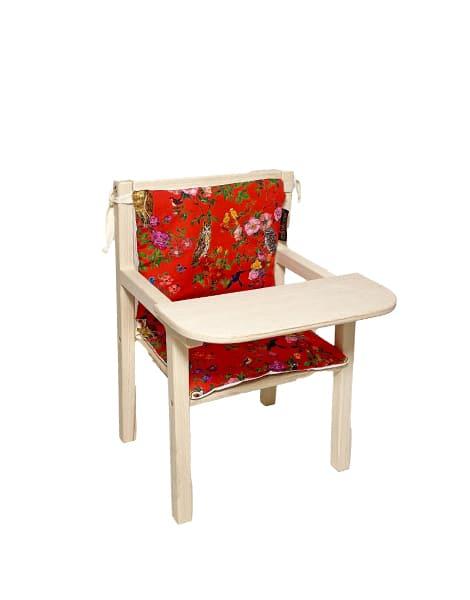 """Petite chaise haute en bois """"Blaise"""" et son assise double en coton """"Le Royaume des oiseaux"""""""